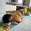 (3Y9M)寶寶又撐不住睡著了02