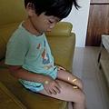 (4Y4M)打預防針隔天還在喊腳痛