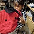 (2Y2M)02看媽媽戴帽子堅持也要戴的貝貝02