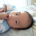 (3m)寶寶吃手指