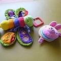 (寶寶玩具)蝴蝶先生與小兔兔