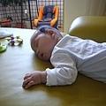 (4m)翻身累了睡覺覺