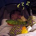 99年生日吃吃吃-和民01-一開始阿慈費心安排讓妹妹是睡著的
