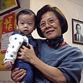 (7m)過年2-寶寶和外婆...還有外公
