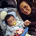 (7m)寶寶和外婆