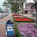(8m)帶寶寶洽公-只有市政府才有無障礙空間