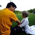 (10M)綠風草原-寶寶與爸爸-1