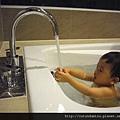 (14M)宜蘭渡假-寶寶in浴缸(洗澡囉)