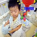 (14M)寶寶起床實況報導3-起床呆笑
