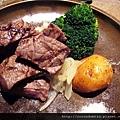 (17M)上菜囉-主菜牛排