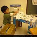 (18M)玩玩具4-發票與箱子的結合遊戲