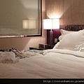 (18M)飯店房間-5床鋪小景