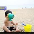 (23m)墾丁.夏都-沙灘玩水-不時在洗腳02