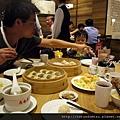 鼎泰豐-叫了一桌的菜色