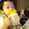 (2Y3M)寶寶用筷子-中場休息喝口水