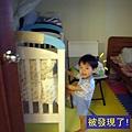 (2Y4M)寶寶努力想爬上床01