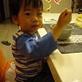 (5M)妹副食品-1124-哥哥繼續湊熱鬧