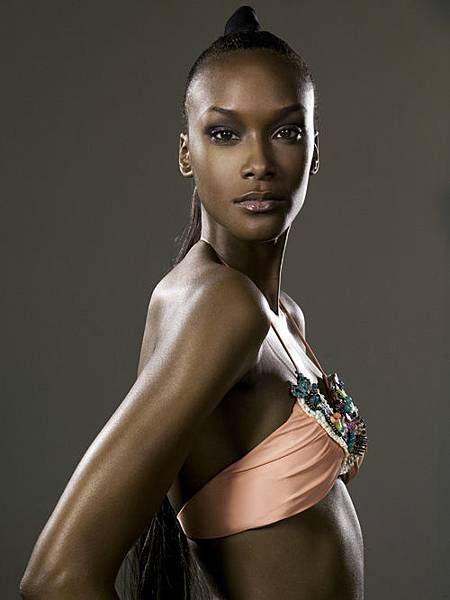 12 - Teyona Anderson (1).jpg
