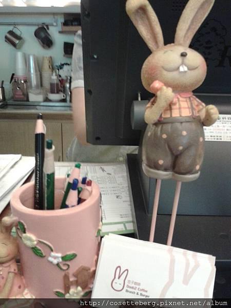 小兔筆筒!!