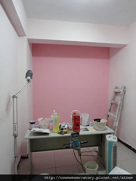 剛上完漆的治療室