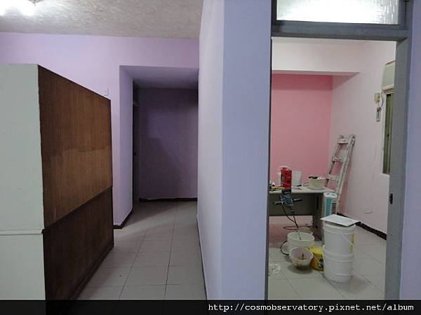 主牆面上完漆對照組