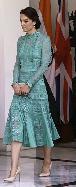 Alice Temperley裙裝淡翡翠色裙裝,氣質優雅。.jpg