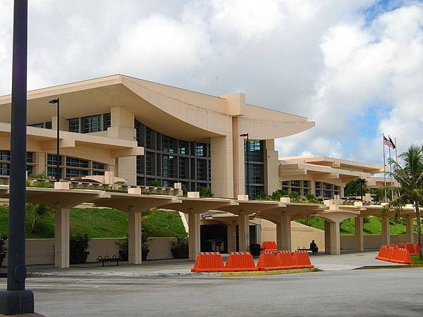 800px-Guam_International_Airport_Terminal_Building.jpg