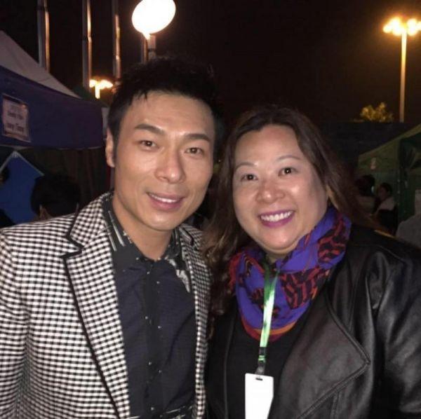 周焯華姊姊Candy Chau(右)砲轟周父將見小三母女的傳聞