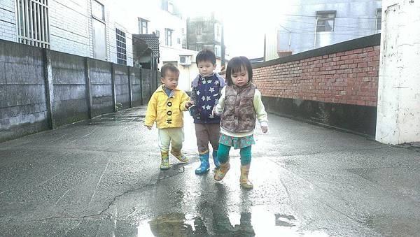 2016下雨天 (3).jpg