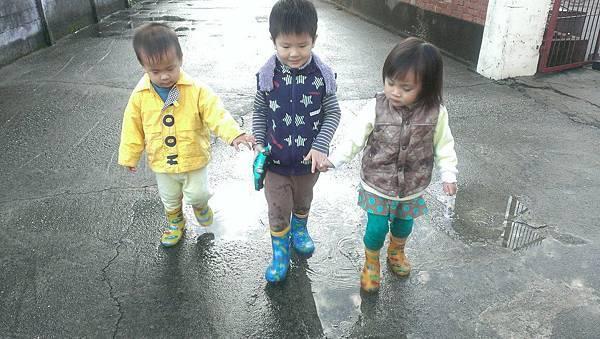 2016下雨天 (10).jpg