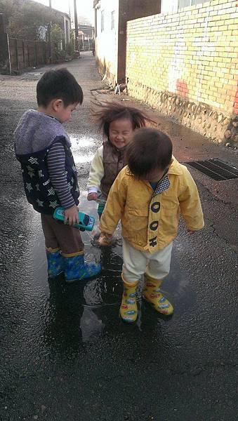 2016下雨天 (14).jpg
