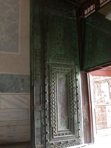 Güzel Kapı_0.JPG
