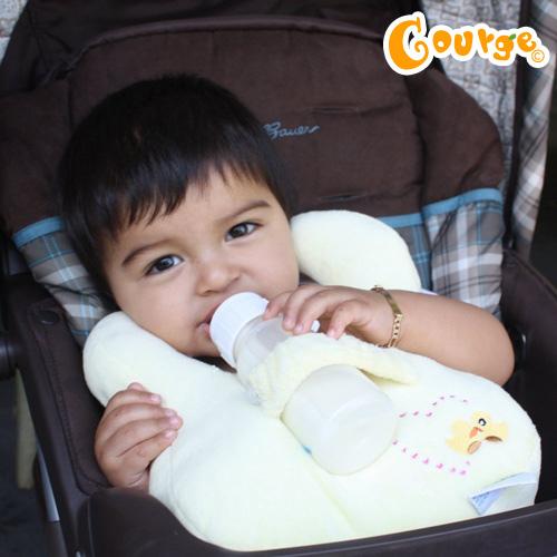 Bababib奶瓶枕圍兜 (2)