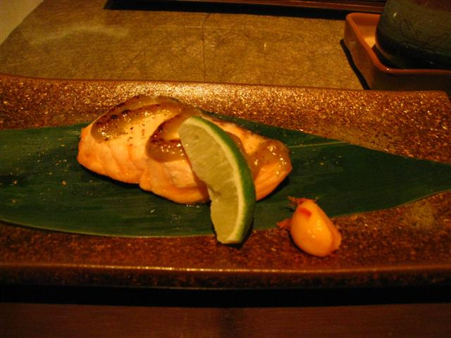 烤品-鮭魚木之芽燒(香蕉新芽味噌醬) (Small).JPG