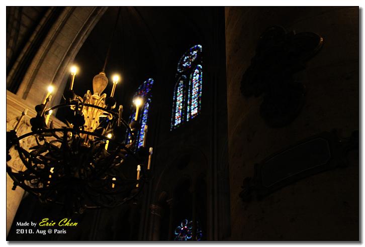 聖心堂,光影