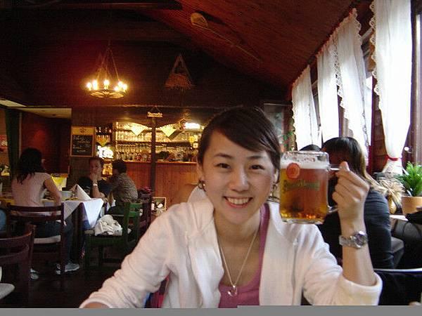 每天都喝啤酒ㄟ