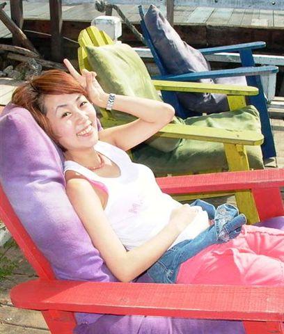 超口愛的彩色躺椅