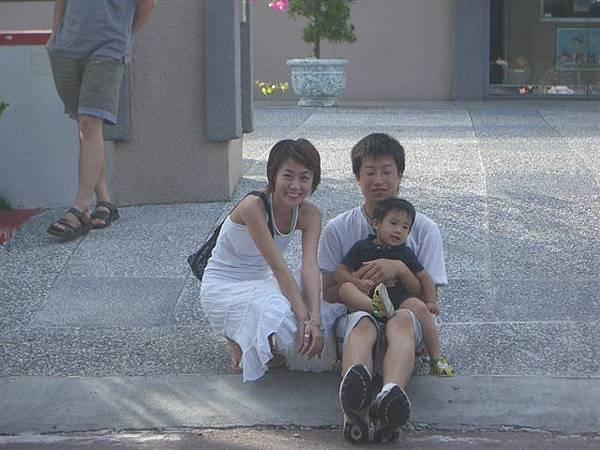 這日本小男生跟加拿大abc勒