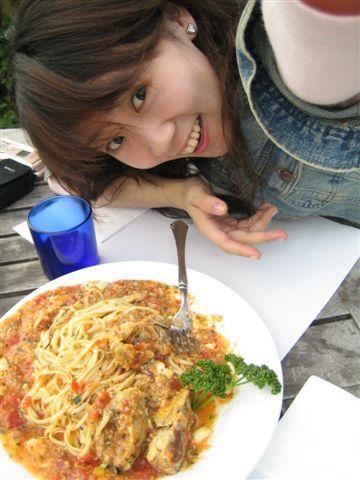 什麼軟殼蟹茄汁義大利麵
