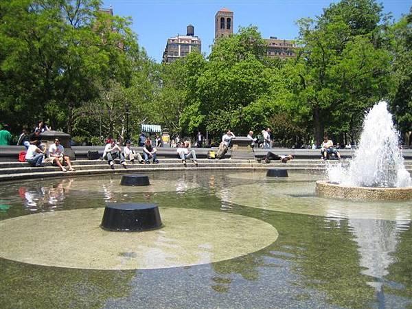 很不錯的噴泉廣場
