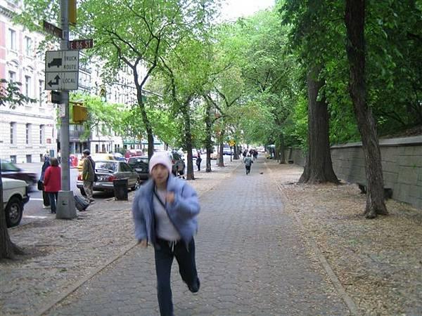 中央公園奔馳著的我