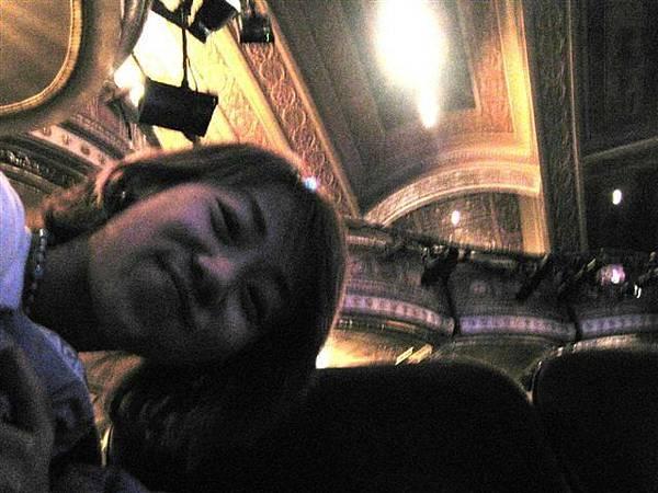 劇院裡面不能照相