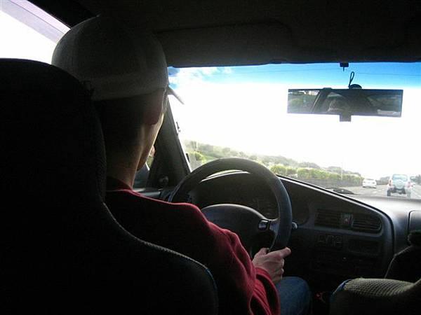 臭弟其實真的很會開車~都不會怕累超耐開