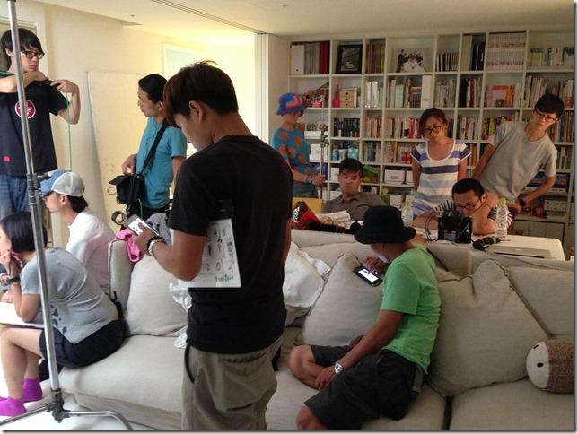 超多工作人員共處一室