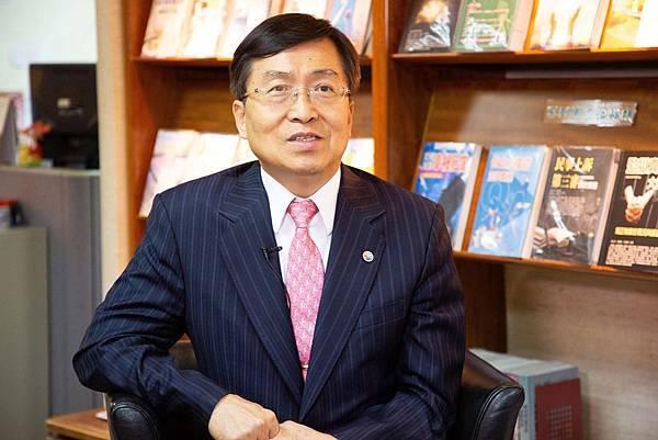 李永然律師2.jpg