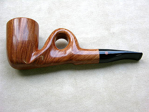 20100708 Moretti 4th Emblem Freehand Pipe 01