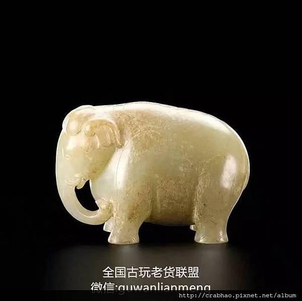 青白玉立象 d.jpg