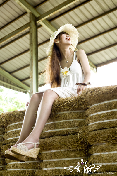 Happy女孩8.jpg