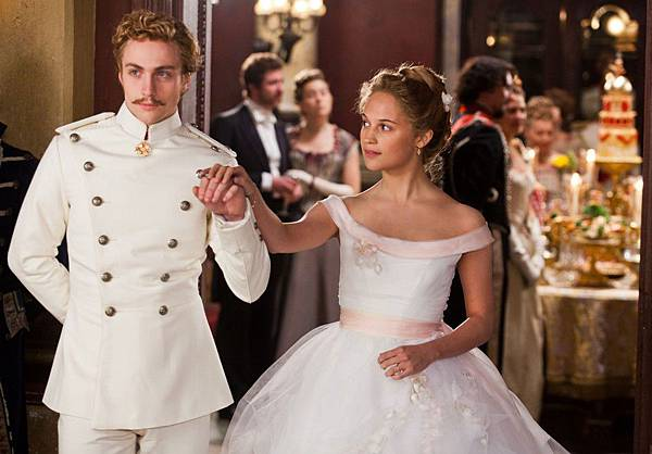 Aaron-Taylor-Johnson-stars-as-Vronsky-and-Alicia-Vikander-stars-as-Kitty-in-director-Joe-Wright's-ANNA-KARENINA-a-Focus-Features-release.