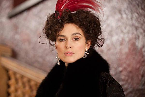 Anna-Karenina-2012-Stills-anna-karenina-by-joe-wright-32234682-940-627